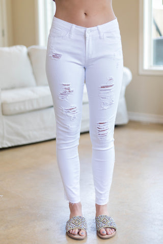 Casual Commute Distressed Skinny Jeans in White