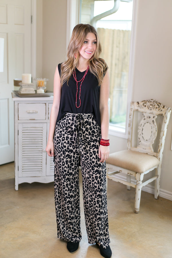 Leaving With This Woven Pants with Sash in Leopard