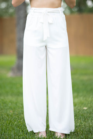 Trendy Days Woven Pants in Off White