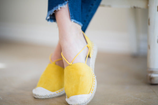 Cute Trendy Flat Espadrille Sandals Mustard Yellow Wedge