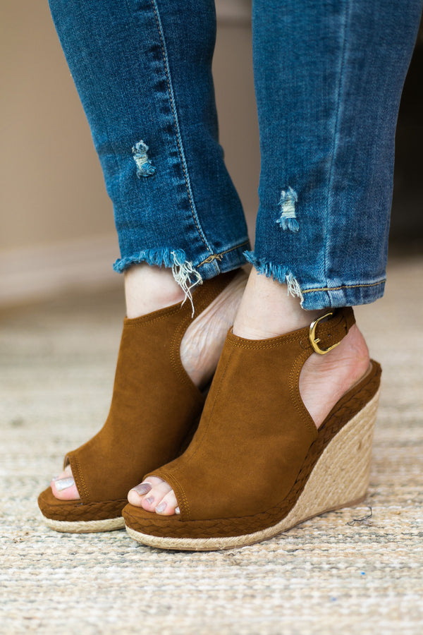 Know the Steps Braided Peep Toe Wedges in Chestnut