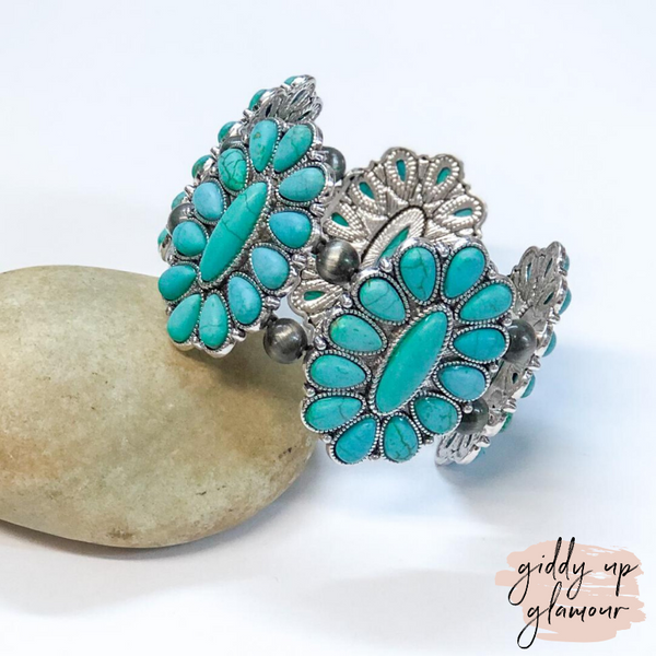 Oval Cluster Stone Bracelet in Turquoise