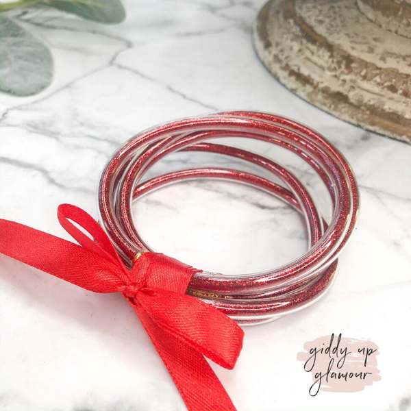 Clear Glitter Jelly Tube Bangle Set in Red