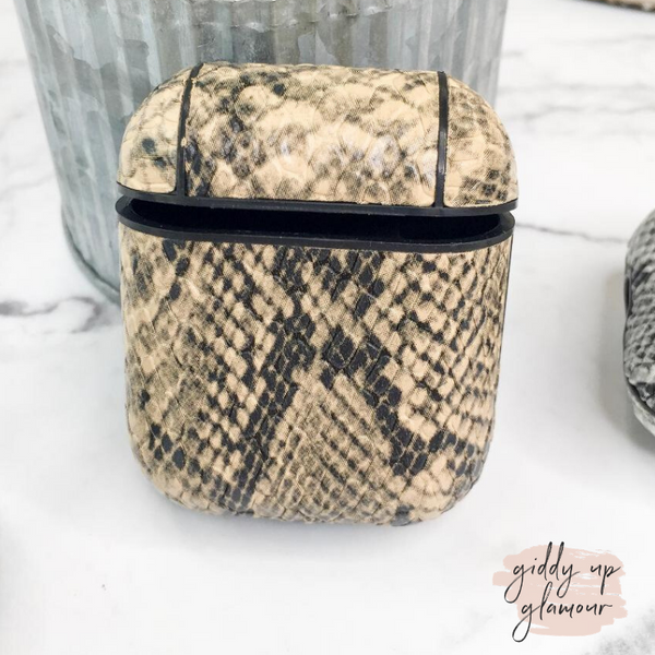 Protective AirPods Case in Beige Snakeskin
