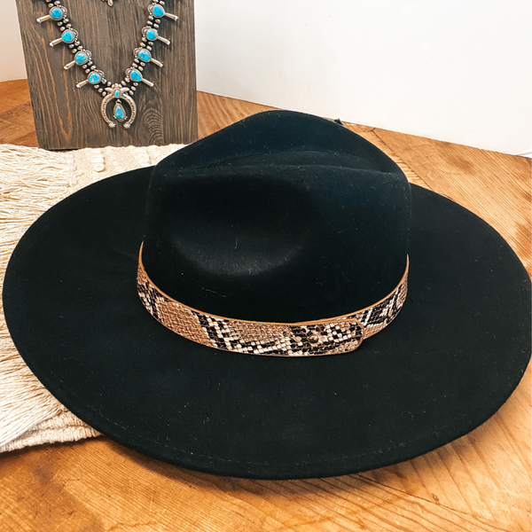 Gambling Problem Snakeskin Band Felt Hat in Black