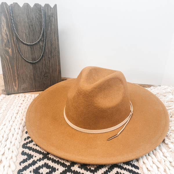 Arizona Skies Felt Hat with Wrapped Leather Band in Tan