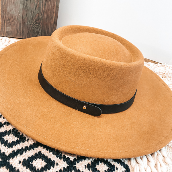 Wild Skies Black Band Oval Crown Wool Hat in Tan