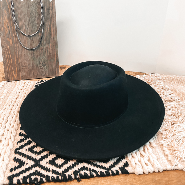 Wild Skies Oval Crown Wool Hat in Black