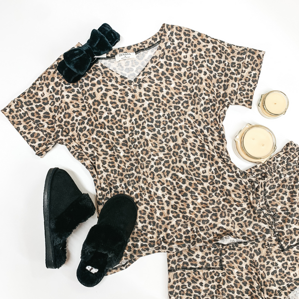 Cue the Cuddles V Neck Lounge Top in Leopard