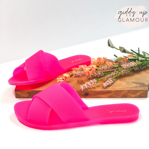 Don't Be Jelly Criss Cross Band Slide on Jelly Sandals in Neon Fuchsia