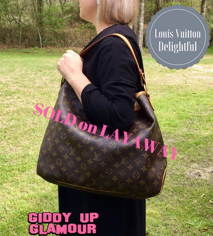 Authentic Used Louis Vuitton Delightful MM Hobo Bag in Monogram with Dustcover, Receipt, tags