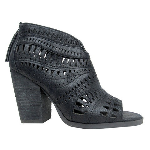 Groove Thang Chunky Heel in Black
