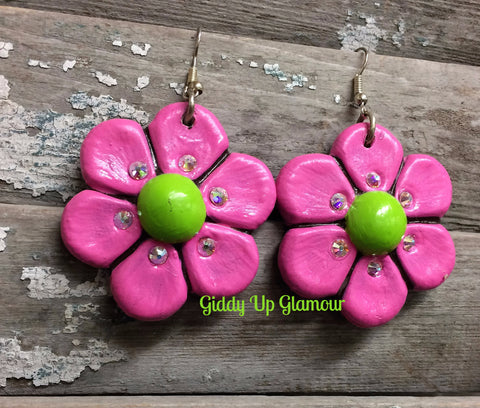 Fiesta Short Dangle Earring Pink with Lime Green Center