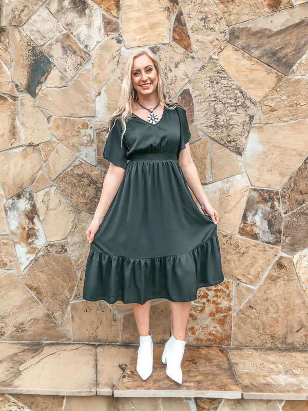 Freelance Dreamer Short Sleeve Midi Dress with Ruffle Hemline in Black
