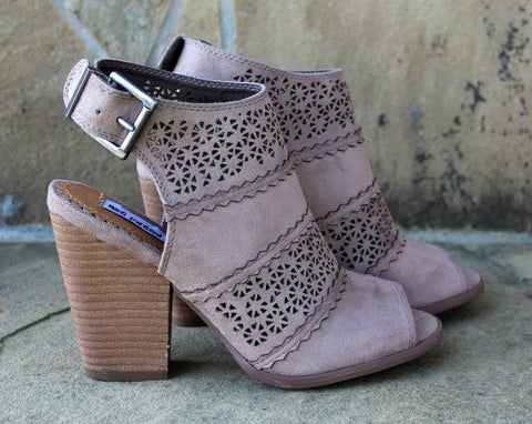 Girl B Flossin Chunky Heel in Taupe