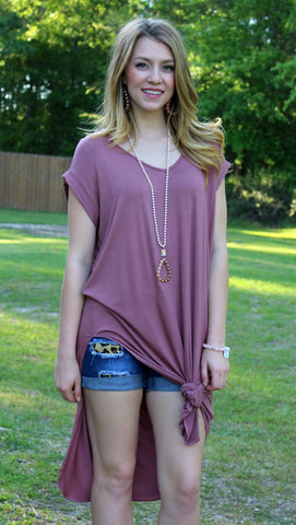Get Outta Town Tee Shirt Dress in Mauve