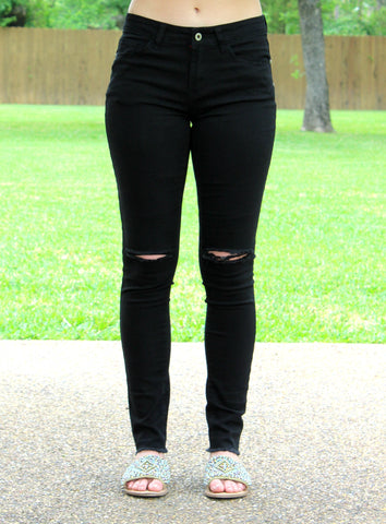 Any Place Any Time Knee Slit Skinny Jeans in Black