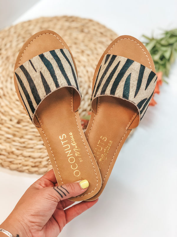 Cabana One Strap Slide On Sandals in Zebra