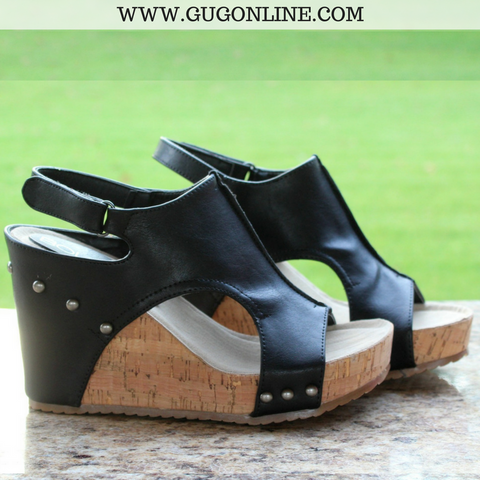 Beverly Hills Wedge Sandals in Black