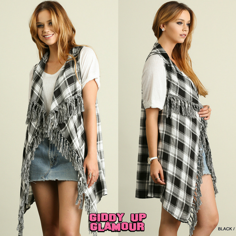 Cabin Weekend Plaid Vest with Fringe Trim in Black & White
