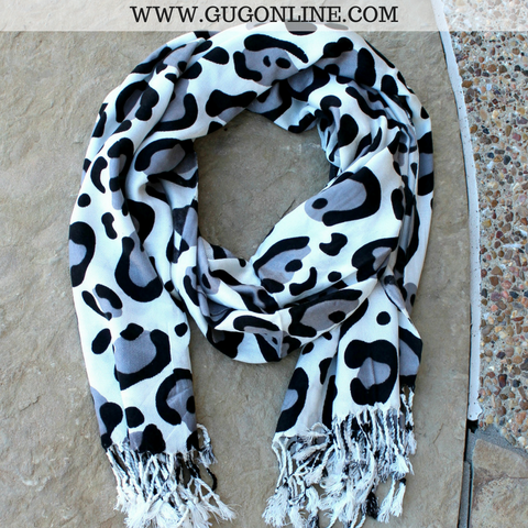 Large Leopard Print Scarf in Grey