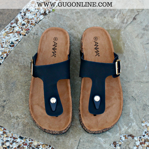 Summer Castaway Thong Sandal in Black