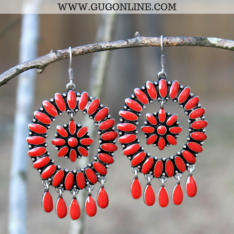 Dangle Earrings with Flower Center in Red