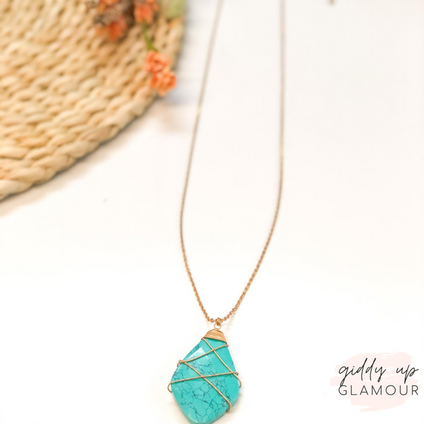 Stone Teardrop Necklace with Gold Wiring in Turquoise