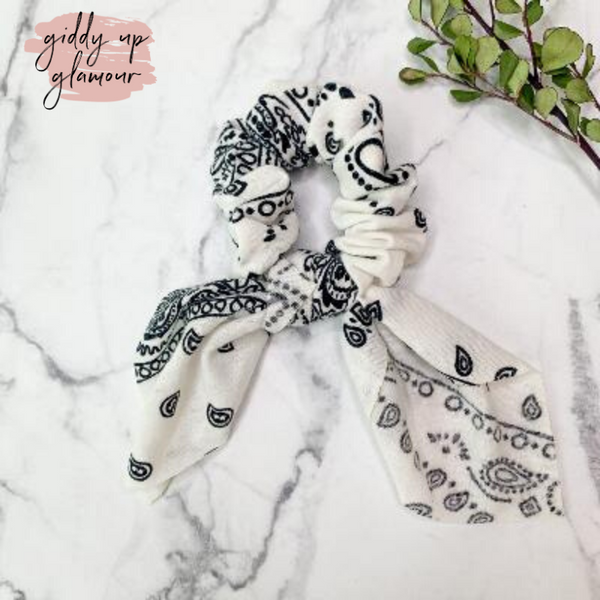 Bandanna Babe Hair Scrunchie with Tie in White