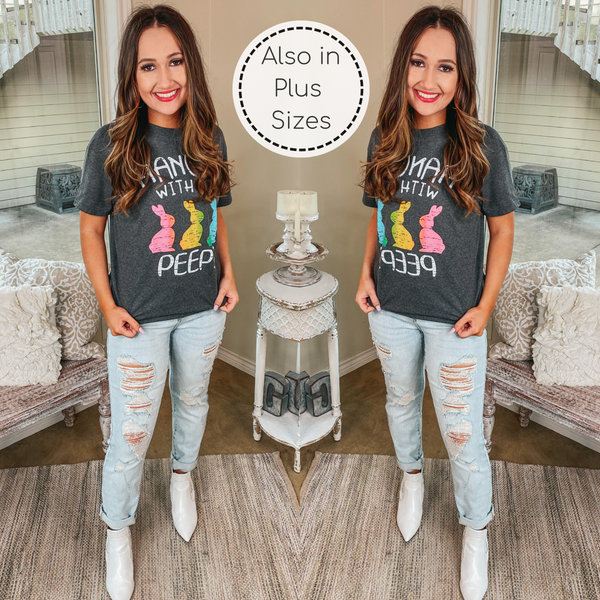 Hangin' With My Peeps Easter Graphic Tee in Charcoal Grey