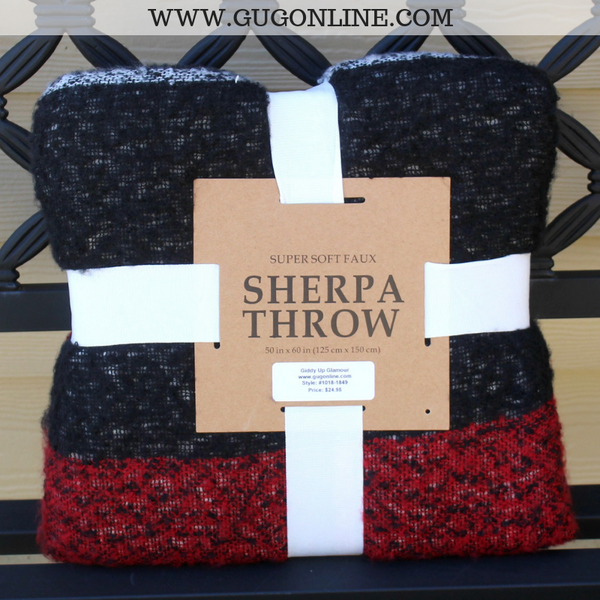 Plaid Sherpa Throw Blanket in Red & Black