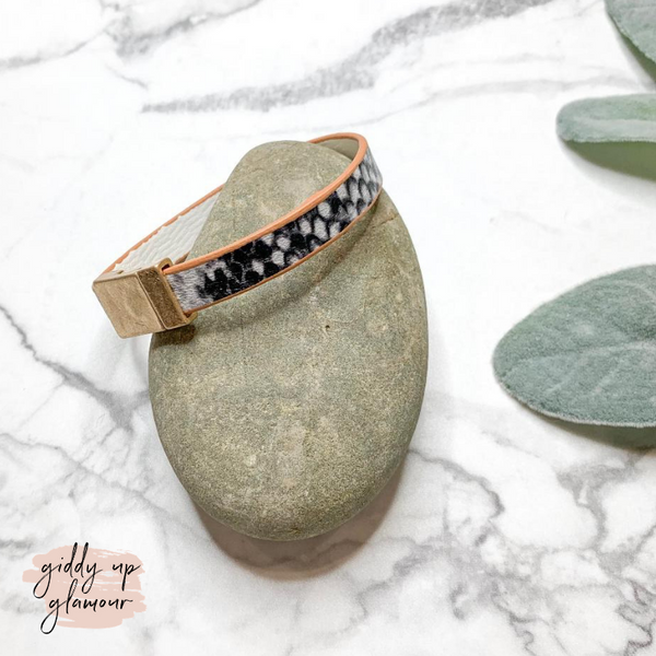 Thin Leather Bracelet with Magnetic Clasp in Snakeskin