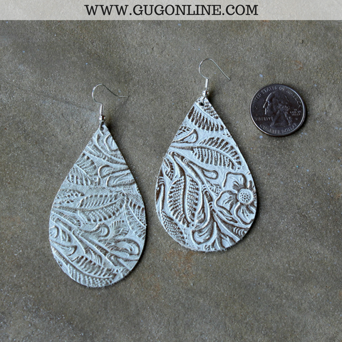 Lightweight Leather Teardrop Earrings in Tooled Platinum