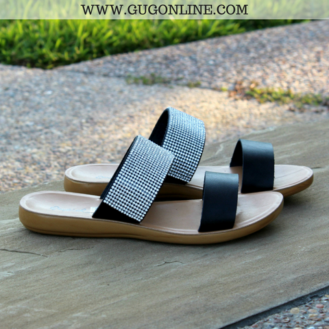 Weekend Ready Double Strap Sandals in Black