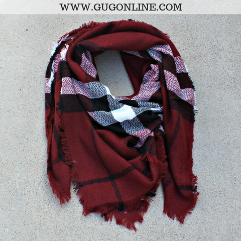 Burberry Plaid Blanket Scarf in Maroon