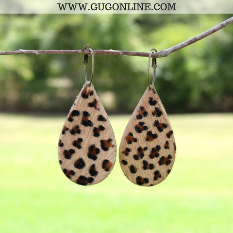 Leather Teardrop Earrings in Small Leopard