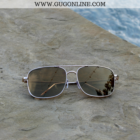 The Bonnie Aviator Sunglasses in Gold and Brown