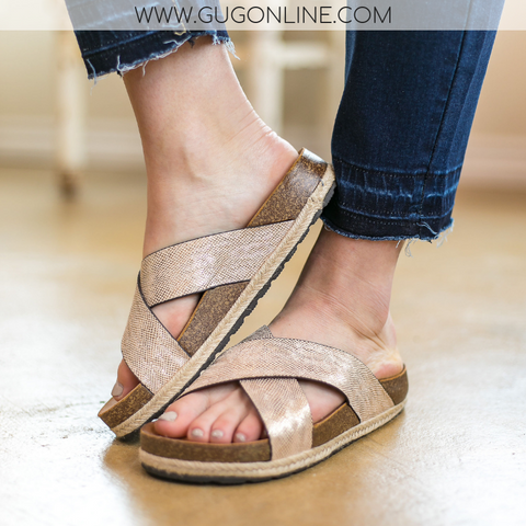 Corky's | Dolphin Sandals in Gold