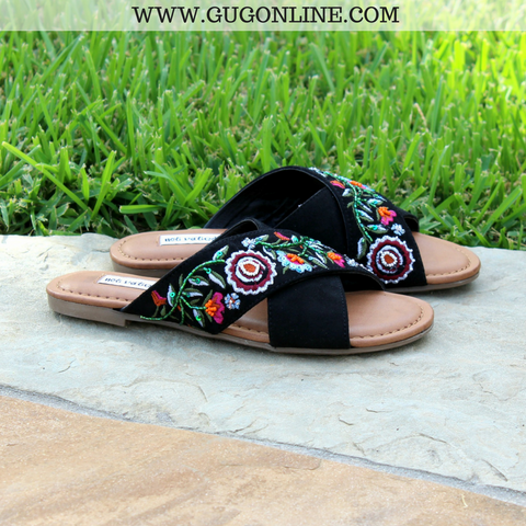 Take A Stroll Rose Embroidered Sandals in Black