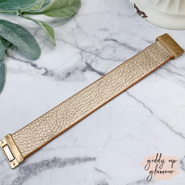 Leather Bracelet with Magnetic Clasp in Champagne