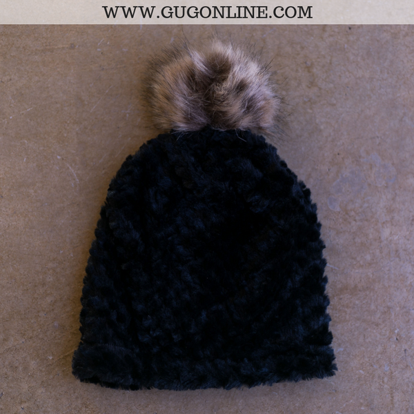 Fleece Lined Beanie with Pom Pom in Black