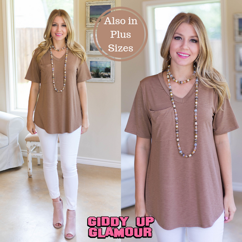 Just Right Short Sleeve Pocket Tee in Mocha