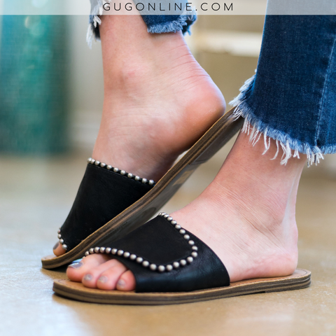 Very G | Posh Studded Slide On Sandal in Black