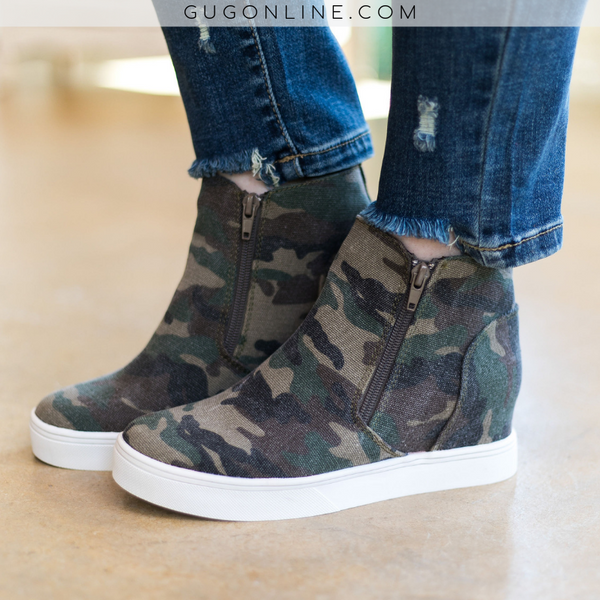 Corky's | Do Your Thing Wedge Sneakers in Camo