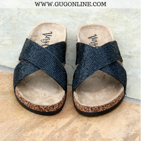 Chiga Chiga Sandal in Black