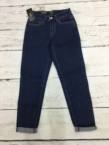 Closeout Jeans Style 148624 (L17077) SIZE 4 ONLY