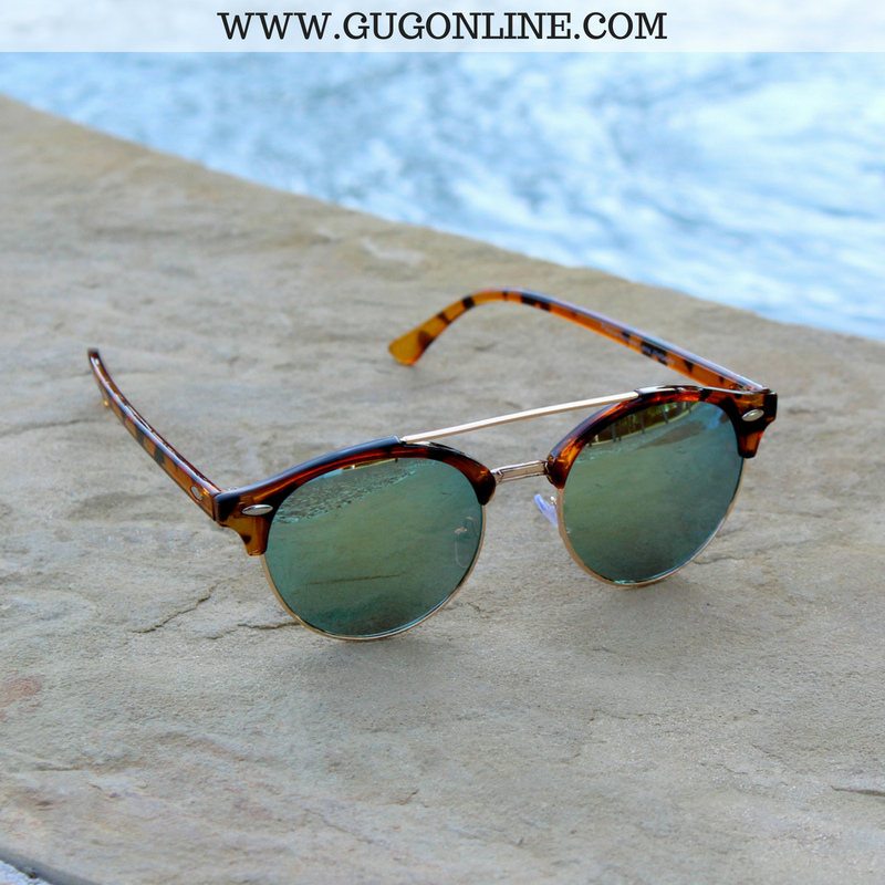 The Spencer Round Aviators travel product recommended by Christina Albe on Lifney.