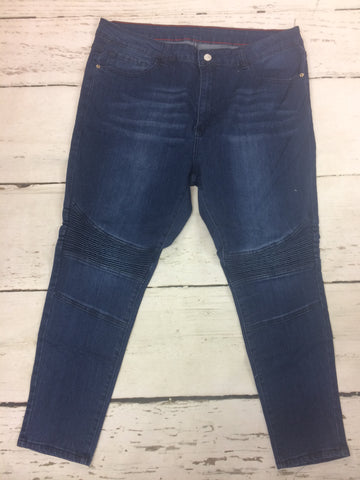 Closeout Jeans Style 148624 (L1221) SIZE 4, 20, & 22 ONLY