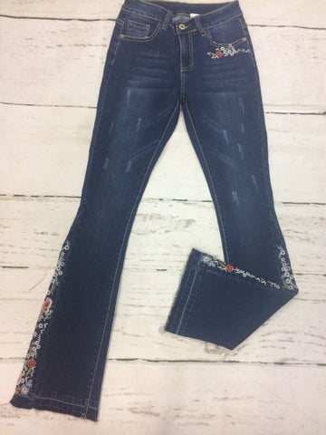 Closeout Jeans Style 148624 (L17015) SIZE 4, 22, & 24 ONLY