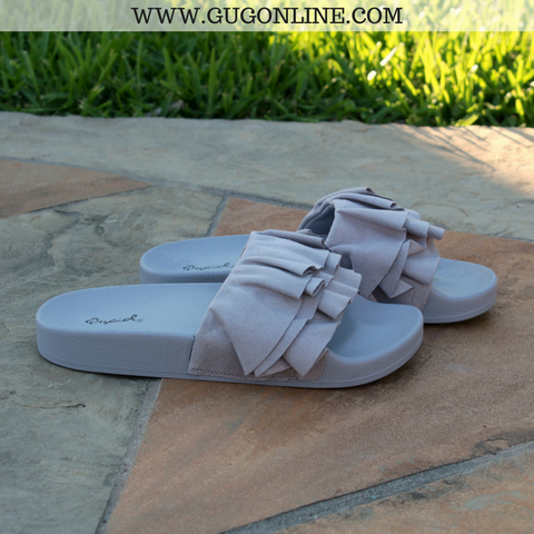 Casual Stroll Suede Ruffle Sandals in Ash Grey | Size 6 and 7